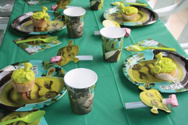 Puestos fiesta Shrek