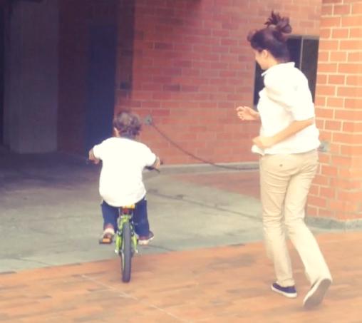 practicando bici